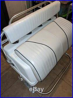 LOOK Deluxe Leaning Post boat seat fishing rod holders center console